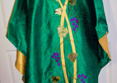 A green/yellow reversible grape and wheat set. Green and yellow were commonly used interchangeably - some are choosing to use yellow for Epiphany and Green for the Season of Pentecost