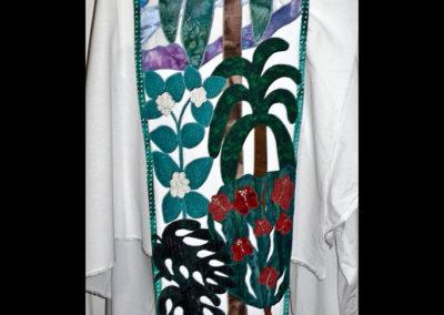 Hawaiian Scapular showing native plants