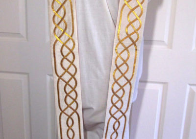 Reversible Celtic knot to flame stole